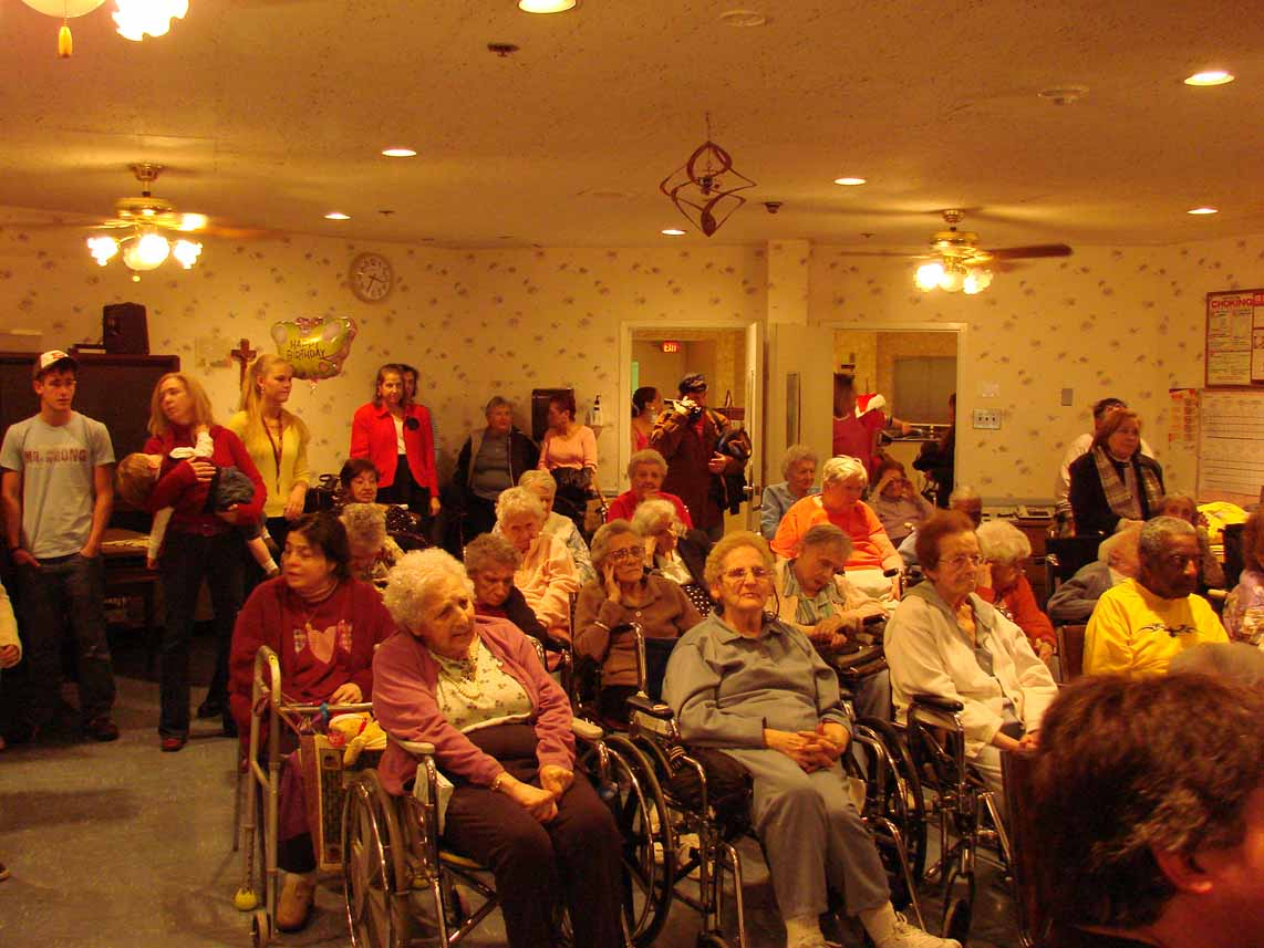 Xmas caroling pics page on nursing home